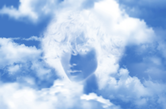 Лицо в облаках